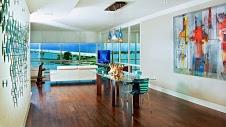 Ringling Bridge Luxury Co...